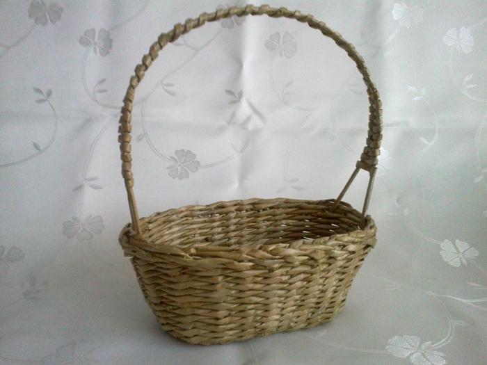 Мастер-класс по плетению корзинки из газетных трубочек (11) (700x525, 254Kb)