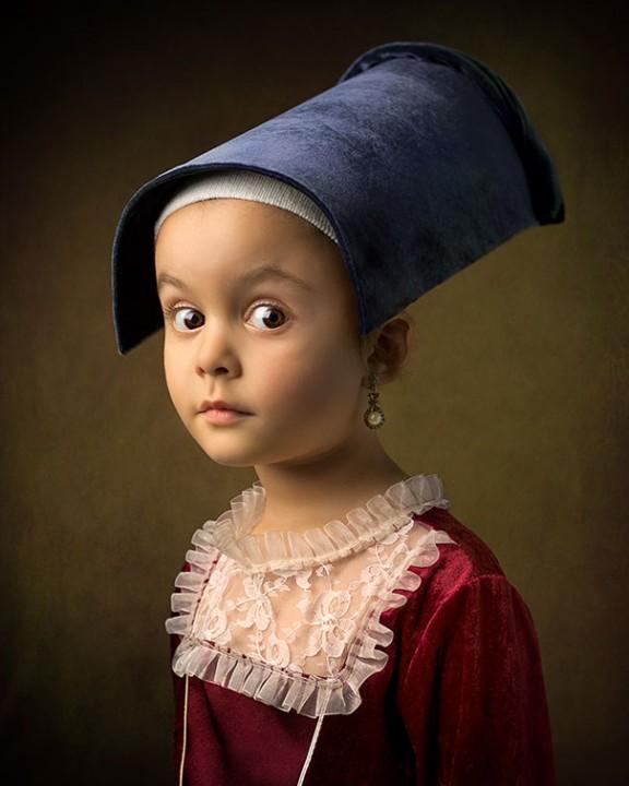 Фотограф Bill Gekas со своей маленькой дочкой воспроизводят классические картины художников