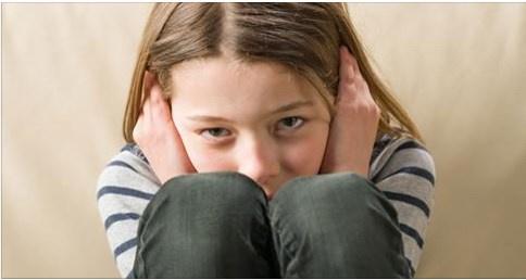 «Ты — уродливый раб!» Этими словами родители убивают психику детей