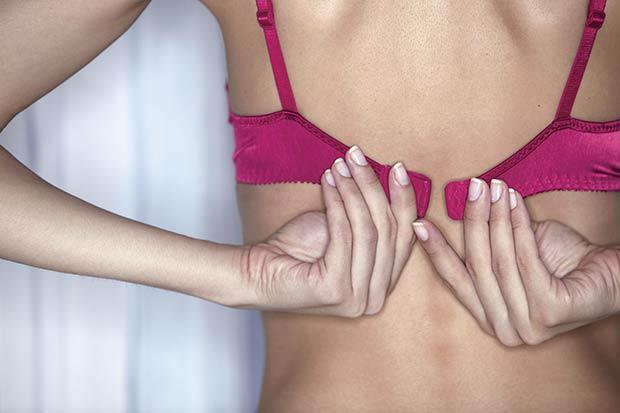 Обслужи женскую грудь видео фото 634-742