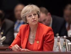Британский премьер Тереза Мэй намерена отстаивать санкции против России