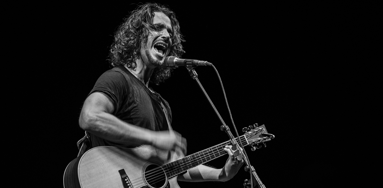 Вокалист Soundgarden найден мёртвым в ванной, и фанаты ищут причину в последних видео группы