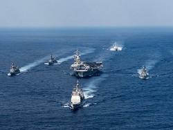 Агентство сообщило о внезапном развороте авианосца ВМС США к берегам Южной Кореи