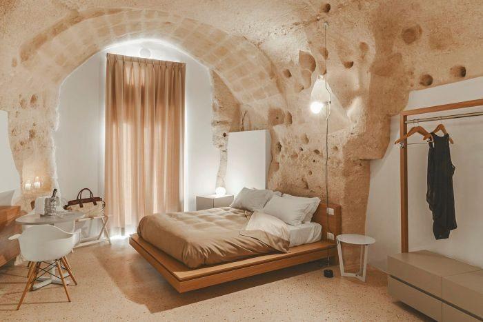 Необыкновенный отель в Италии, высеченный прямо в скале