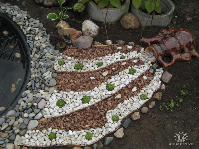 Декор садового участка 9