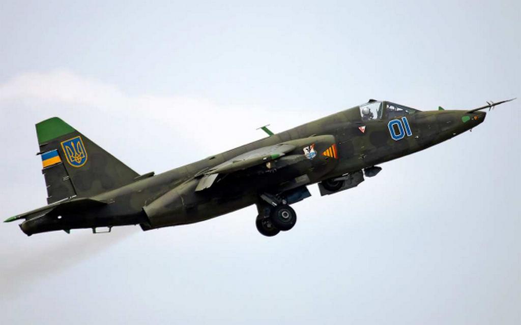Киев спешно модернизирует Су-25, готовясь применить его на Донбассе