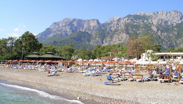 В турецком отеле турист из России умер от выпитого спиртного