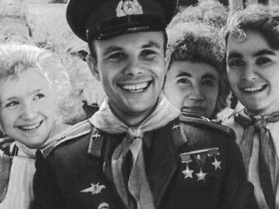 ПАМЯТИ СССР, ИЛИ НЕКРОЛОГ С ОБНАДЕЖИВАЮЩИМ ЭПИЛОГОМ