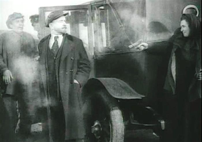 Сцена покушения из фильма *Ленин в 1918 году* | Фото: kinofilms.tv