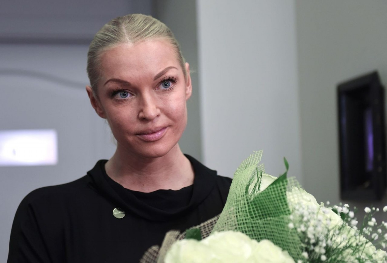 """Анастасия Волочкова назвала """"чудом"""" своё появление в храме"""
