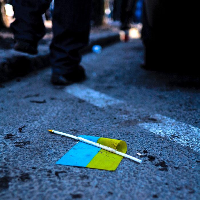 Европа ответила на требования Порошенко и указала холопу на его место