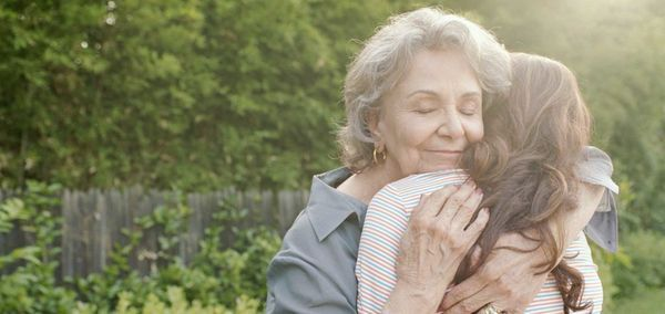 Бабушка очень баловала внуков