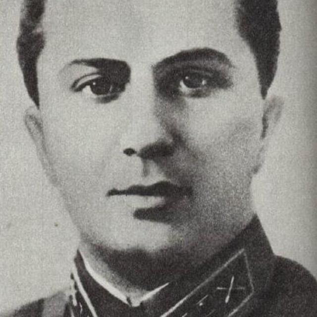 Яков Иосифович Джугашвили погибший во время Великой Отечественной войны в немецком плену