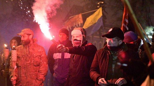 Нацистское братство: продукция украинских наци пользуется спросом в России