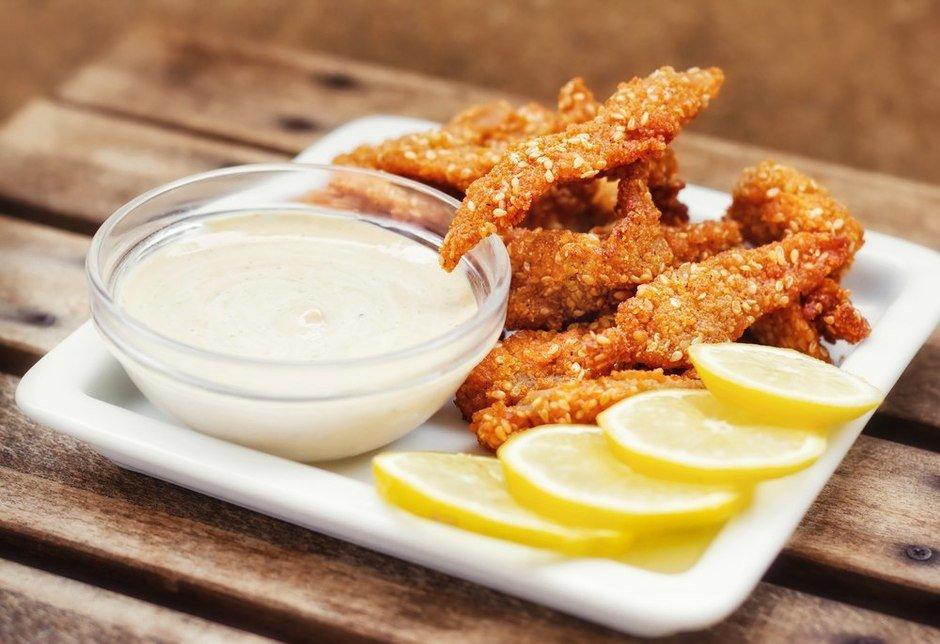 Как приготовить хрустящие куриные палочки + 5 рецептов вкусных соусов