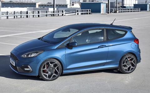 Новый Ford Fiesta ST: два «горшка» и один в резерве