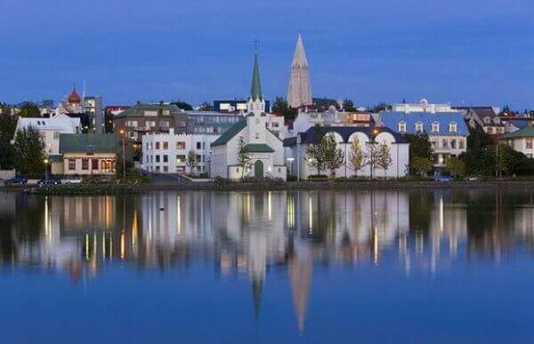 Исландия - самая мирная страна на планете