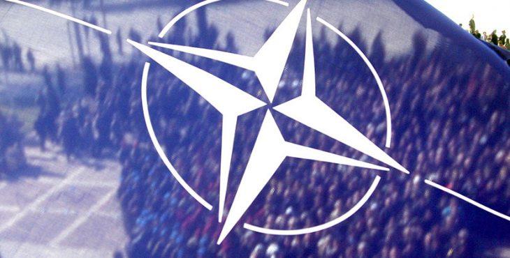 «Пристяжной ремень Вашингтона»: как НАТО стягивает крупные подразделения к российским границам