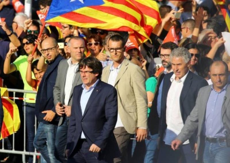 Каталония: над всей Испанией кровавое небо
