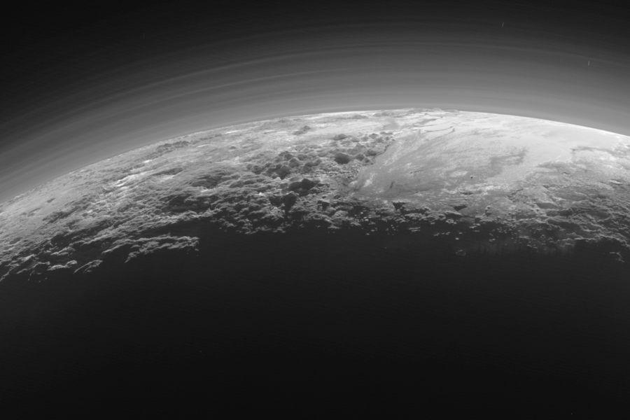 Плутон не зря исключили из списка планет