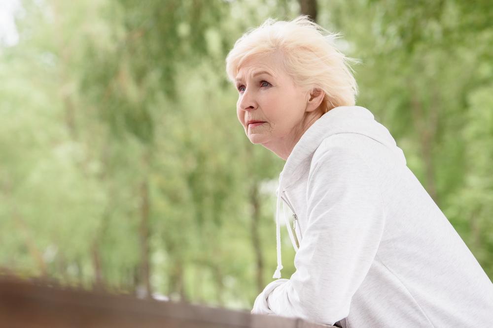 Всю жизнь терпела измены мужа, а он в 61 год всё равно от меня ушёл к другой. Как взять себя в руки и продолжить жить?