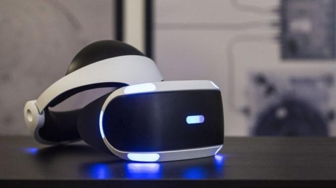 Sony снизила цену PlayStation VR на 100 евро
