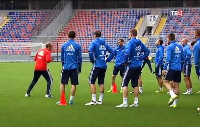 Футболисты сборной России провели открытую тренировку