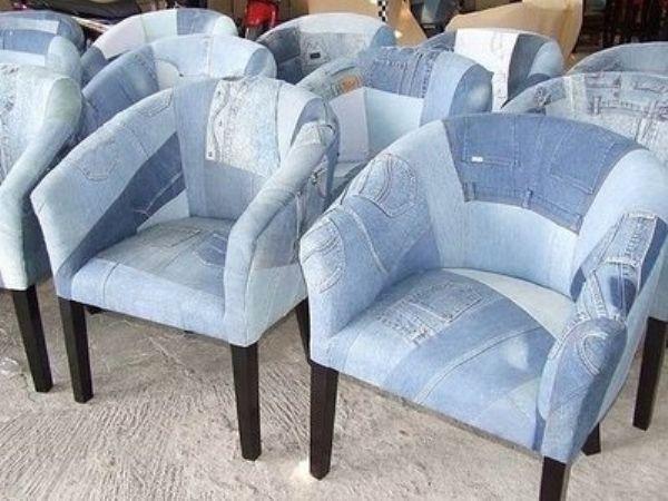 Кресло из джинсов