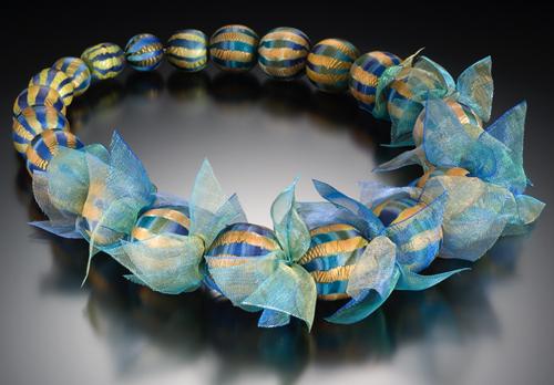 http://www.elisewinters.com/images/neklances/Big-Blue-Bead-Necklace.jpg