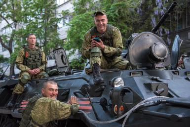 Репетиции военных парадов на 9 мая