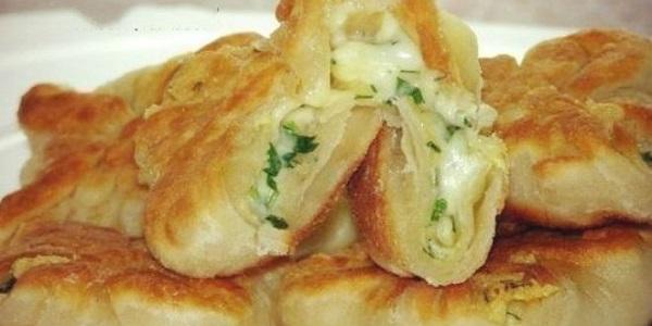 Кефирные конвертики с сыром и зеленью. Всегда готовлю, когда хочется вкусненкого! Замечательное угощение!