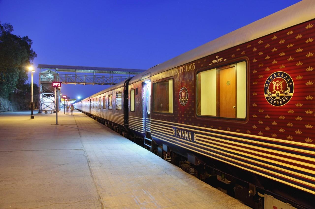 Азия: Maharajas Express поезд, путешествия