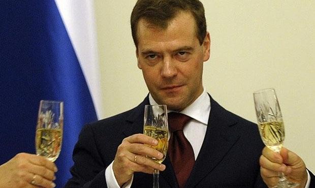 Дмитрий Медведев сегодня совершит героический поступок