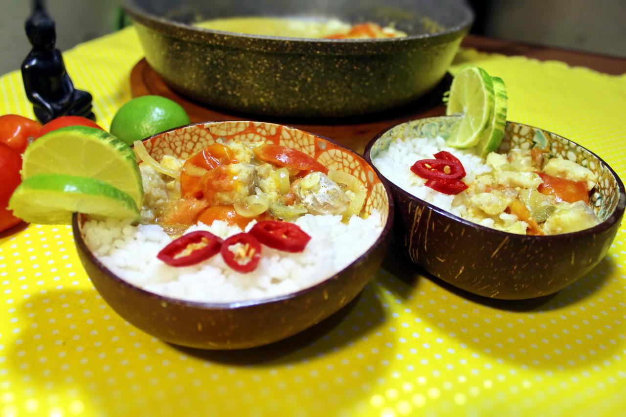 Рыбное карри. Белая рыба под кокосовым соусом карри