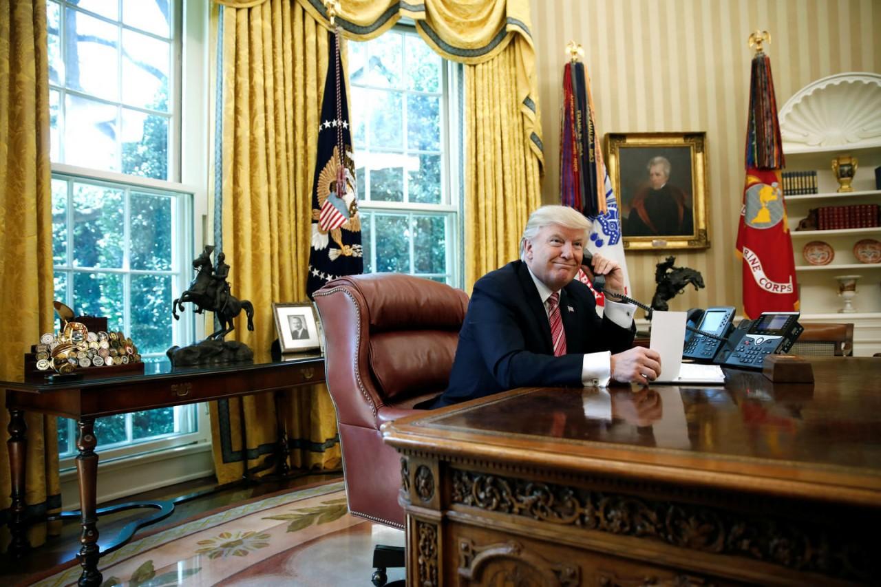 Зачем Трампу нужна встреча с Путиным
