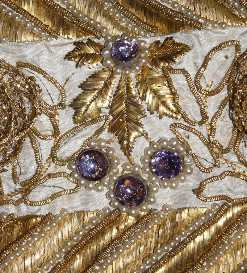 Старинное искусство вышивки золотом