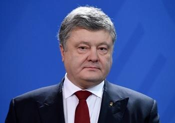 Порошенко прервал визит в Германию из-за ЧС в одном из городов Донбасса