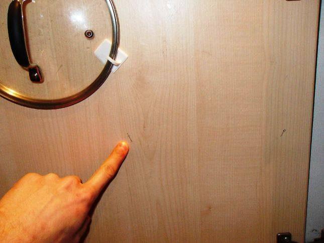 Альтернативное использование самоклеющихся крючков