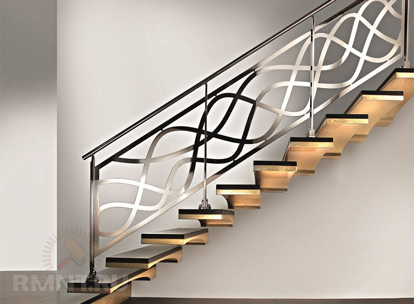 Металлические поручни для лестницы