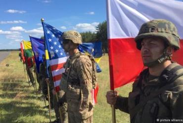 Парубий анонсировал размещение военных баз США на Украине