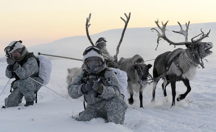 Россия испытывает новую военную технику в Арктике