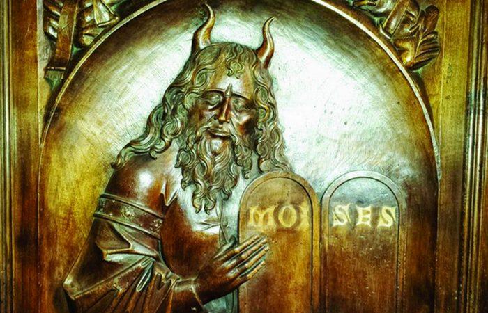 10 странных тенденций в средневековом искусстве, которые пока остаются загадкой