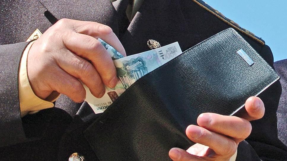 Рост зарплат топ-менеджеров Российской Федерации замедлился в10 раз