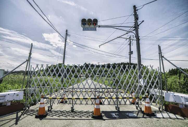 Семафоры и светофоры зона отчуждения, радиоактивная зона, фото, фукусима, япония