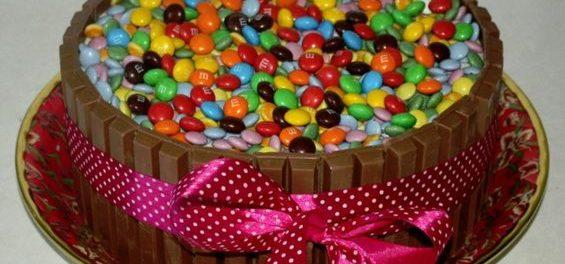 Как украсить домашний торт для ребенка на 1 год в домашних условиях фото