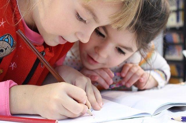Больше читать и не ругать. Шесть советов родителям ребёнка с дисграфией