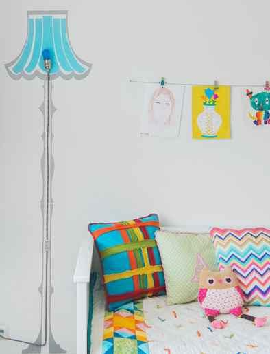 Свет и мебель из краски
