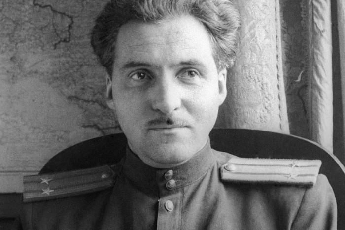 Константин Симонов - поэт, публицист, военный корреспондент. Фото: murmansk-nordika.blogspot.com