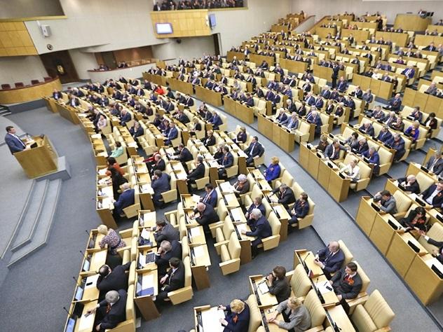 Демарш дилетантов:Неопытные депутаты нового созыва полезли в бутылку