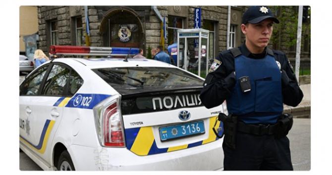 В Киеве избили украинца, соп…